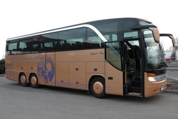 Reisebusvermietung in Riga, Lettland